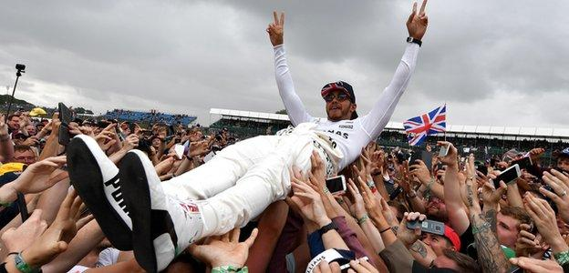 Formula 1: Lewis Hamilton wins record-equalling fifth British GP