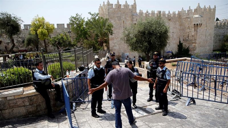 Israel installs security cameras at al-Aqsa compound