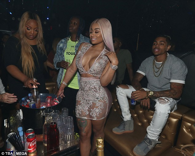 PICTURES: Blac Chyna flashes boobs to hurt Rob