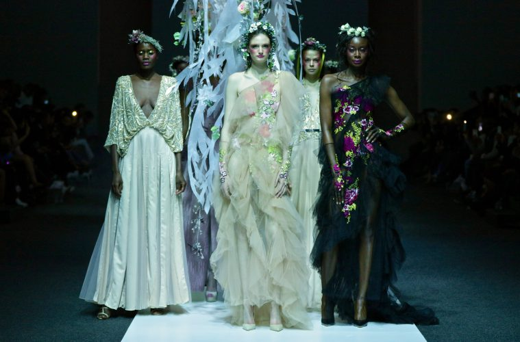 GAVIN RAJAH'S FLORAL INSPIRED SS17COLLECTION